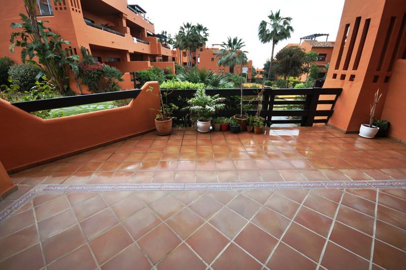 Apartamento Planta Baja, Estepona – R3390565