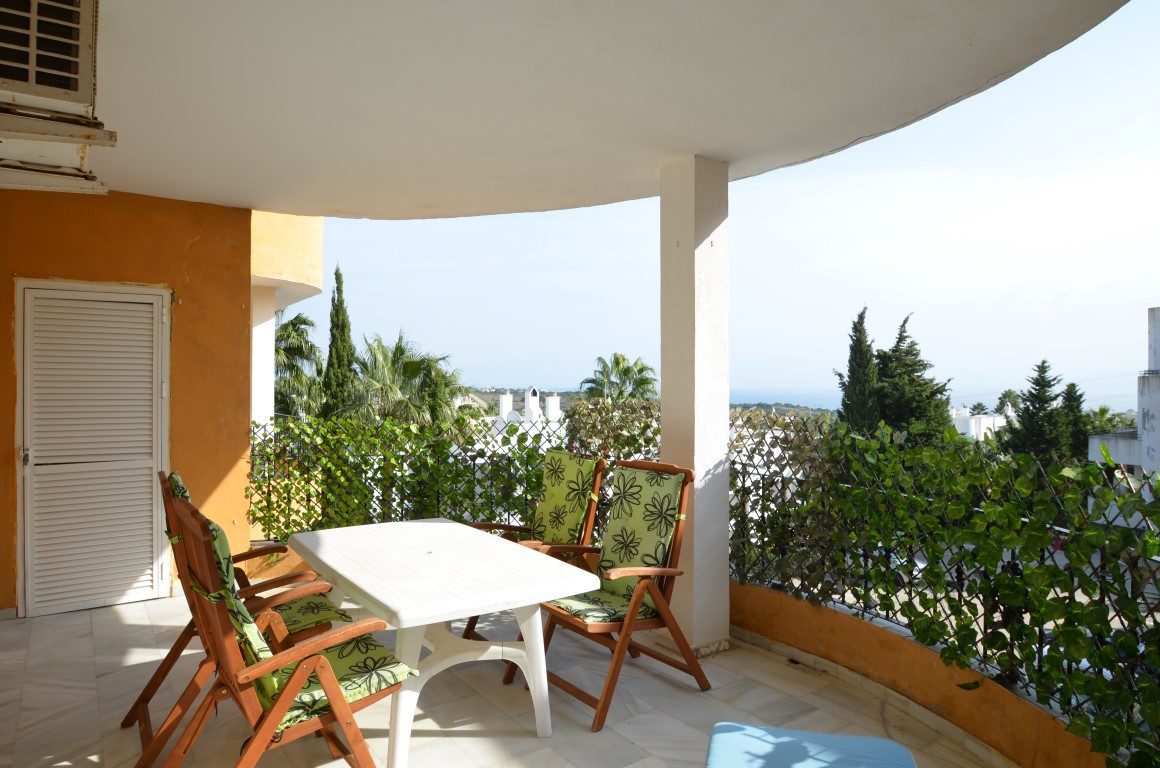 Atractive penthouse with a large living room and open kitchen, two terraces with different orientati,Spain