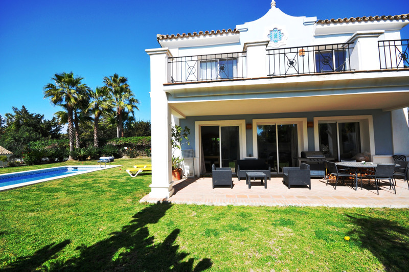 Detached Villa - La Duquesa - R3382627 - mibgroup.es