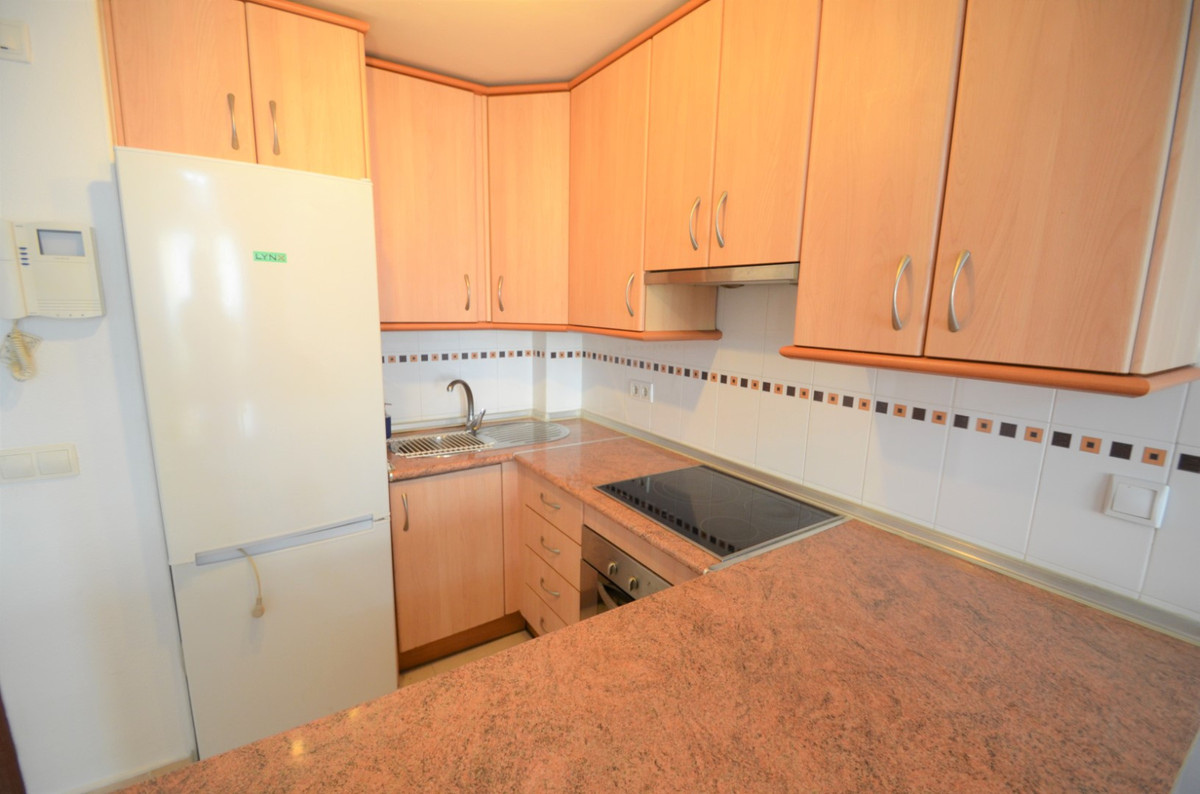 Sales - Middle Floor Apartment - Estepona - 10 - mibgroup.es