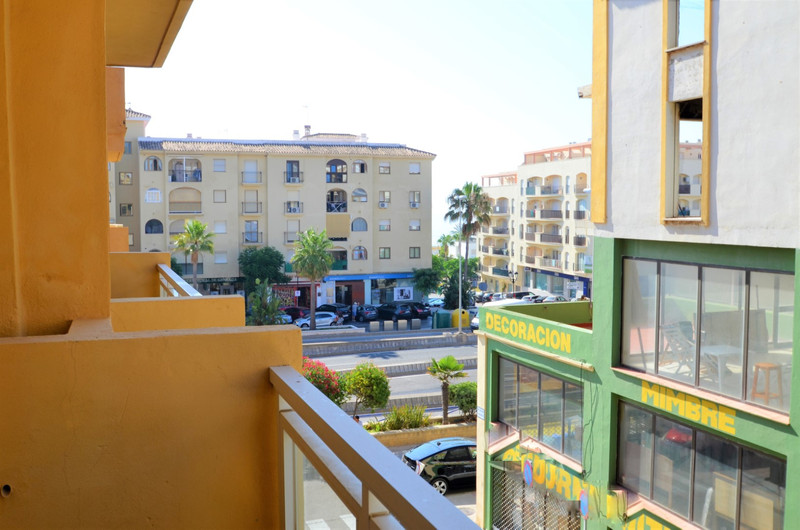 Middle Floor Apartment - Estepona - R3468022 - mibgroup.es