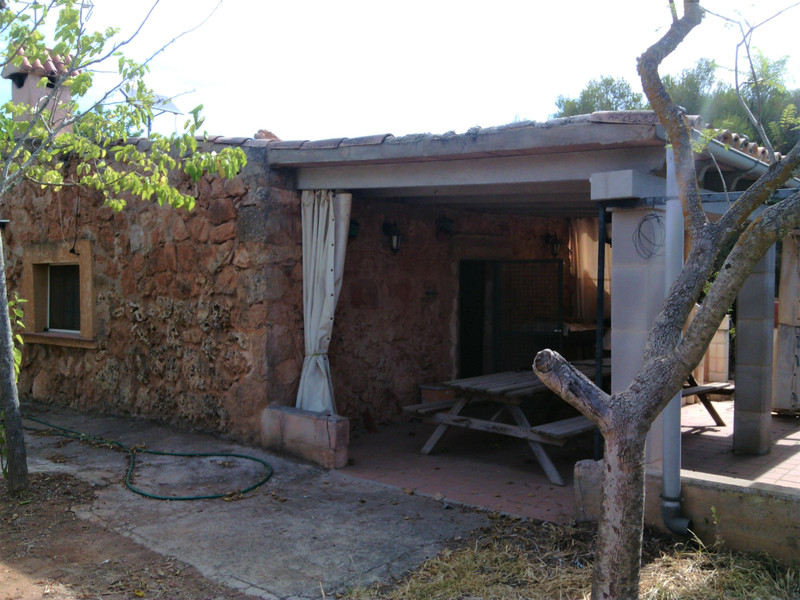Finca - Cortijo in Llucmajor for sale