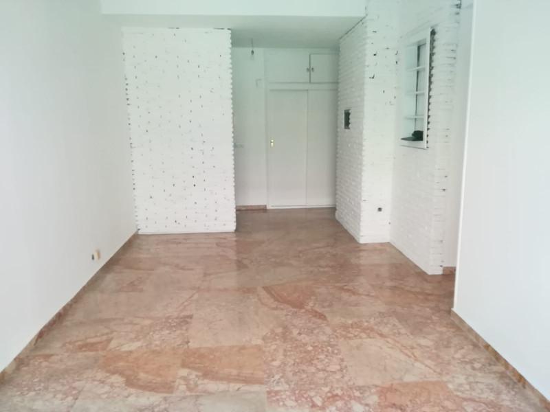 Apartamento Planta Media en venta en Marbella – R3335926