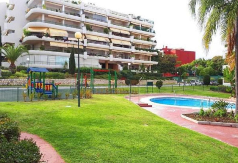 Apartments for sale in Guadalmina 19