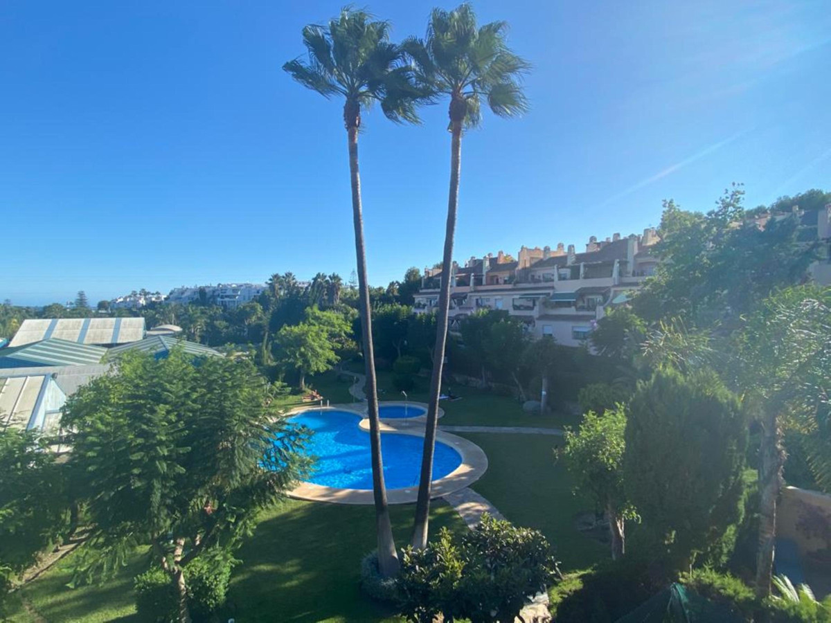 Marbella Banus Penthouse for Sale in Bel Air – R3846724