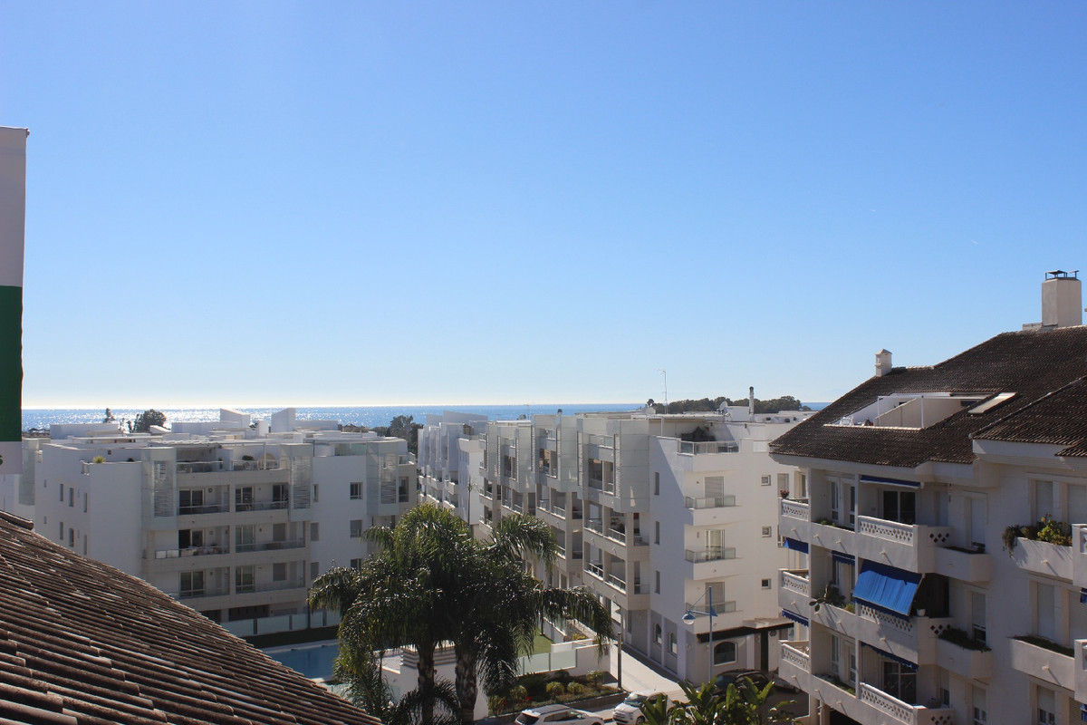 A unique penthouse in San Pedro de Alcantara, next to the Boulevard with capacity for 4 bedrooms, a ,Spain