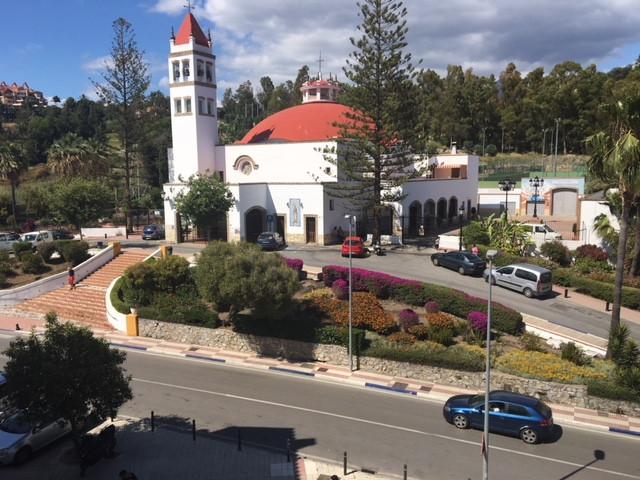 Apartamento en Venta en Nueva Andalucía – R3414601