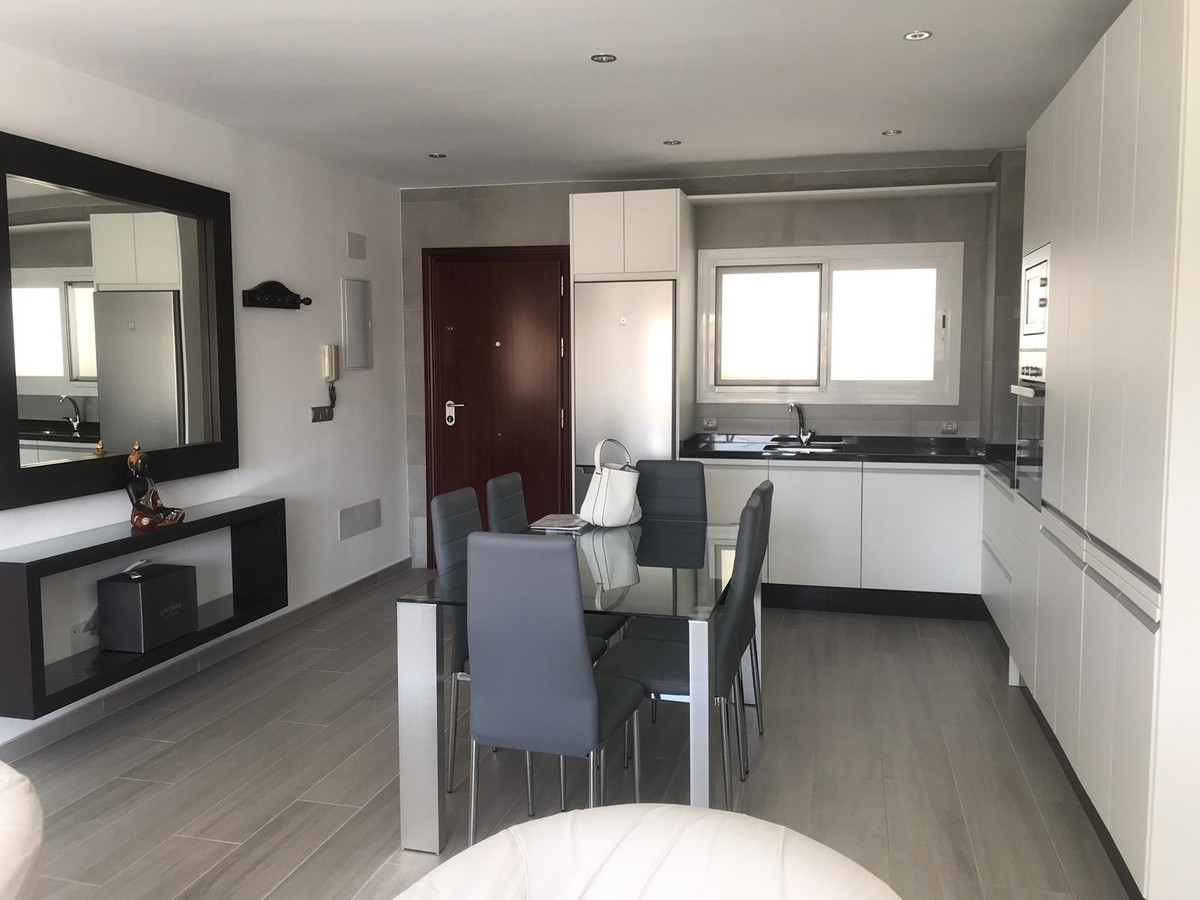 Marbella Banus Apartamento Planta Media en venta en La Campana – R3470836