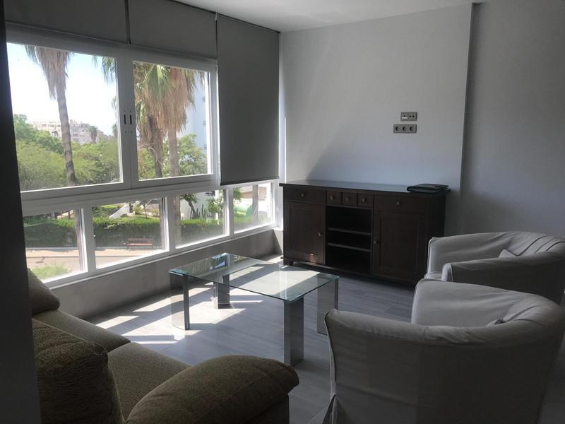 Apartamento Planta Media, La Campana – R3470836