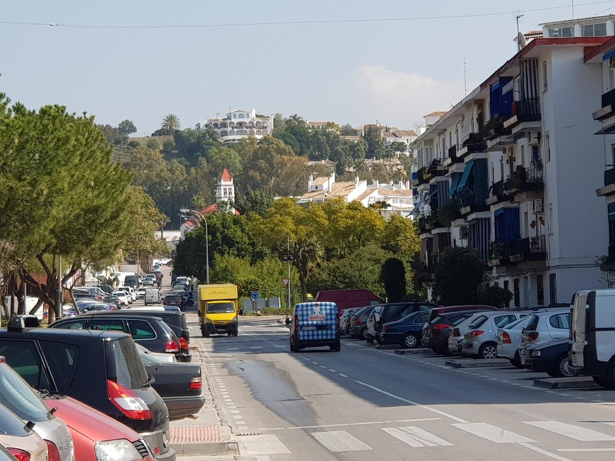 Apartamento, Planta Media  en venta    en Nueva Andalucía
