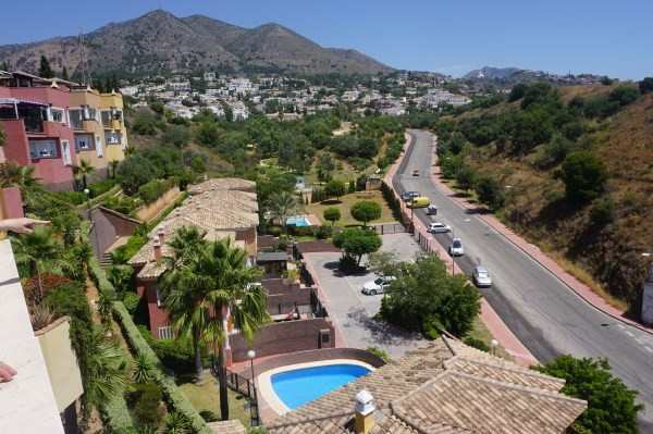 Fantastic 3 bedroom town house with sea views and only 500 metres from the beach!!!  A bright, moder,Spain