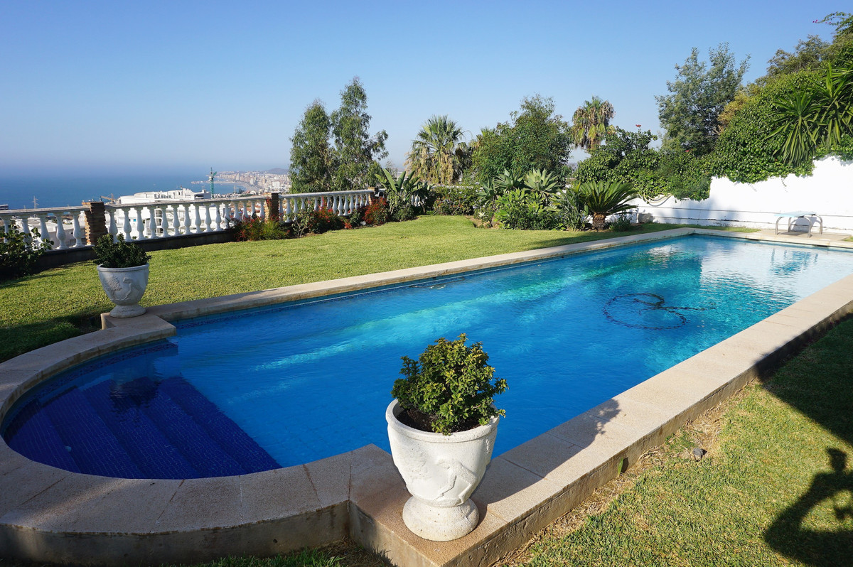 AMAZING VILLA ON ONE LEVEL WITH PANORAMIC VIEWS OF THE SEA  THE BEST PLOT IN BENALMADENA    Situated,Spain