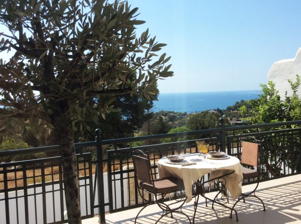 STUNNING MODERN 5 BEDROOM TOWNHOUSE WITH PANORAMIC VIEWS IN BENALMADENA.   This is a beautiful, Imma,Spain