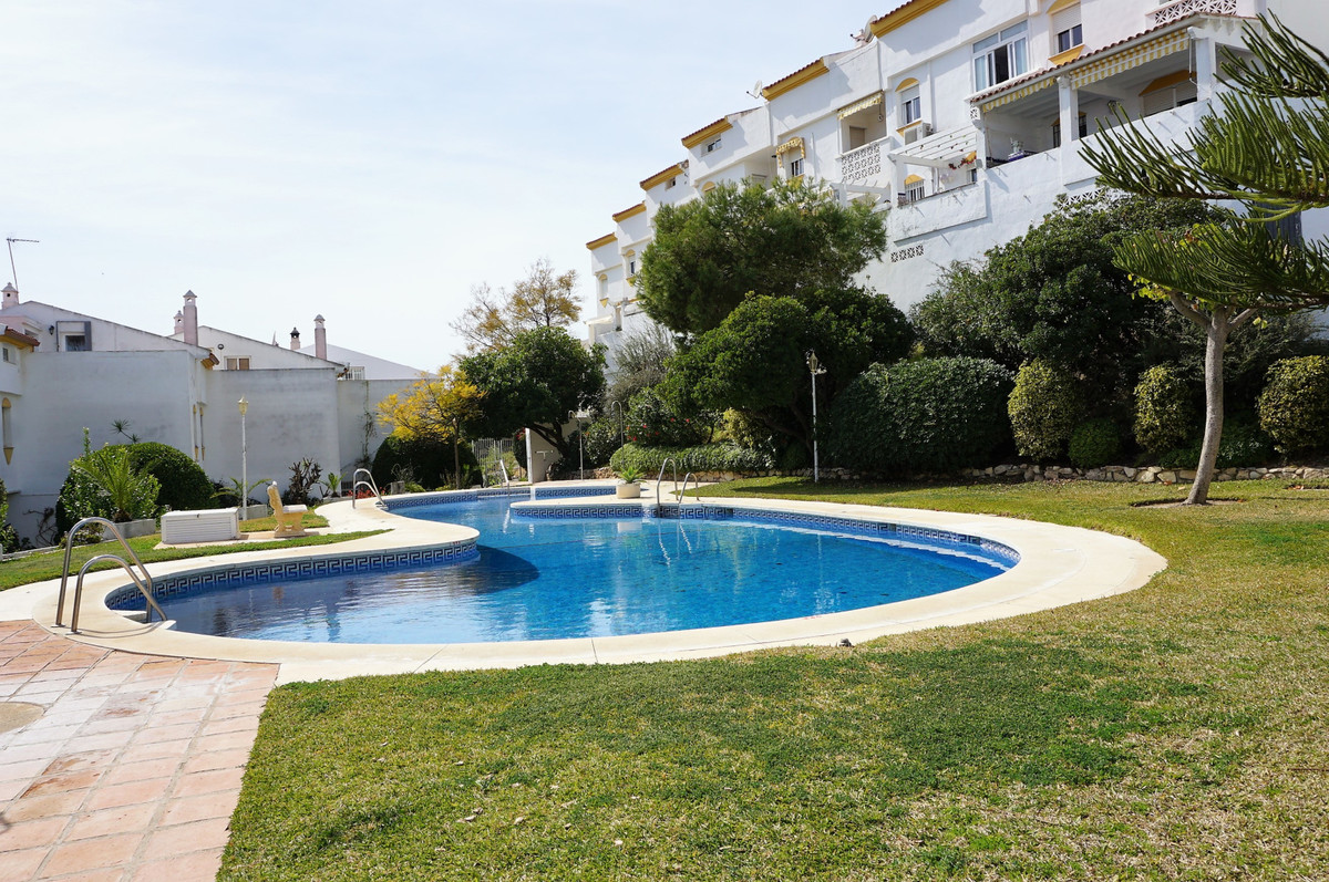 Benalmadena Costa spacious 4 bedroom townhouse walking distance to the beach and all local amenities, Spain