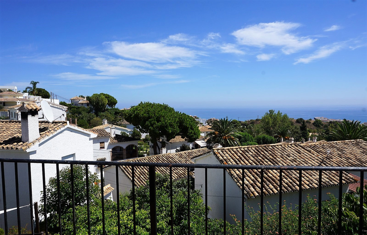 Apartment  Penthouse for sale   in Benalmadena