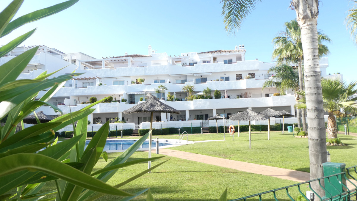 We are delighted to present to the market, this lovely apartment situated in the  area of Estepona  , Spain