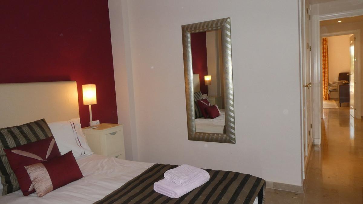 Apartamento en Venta en Marbella – R3296320