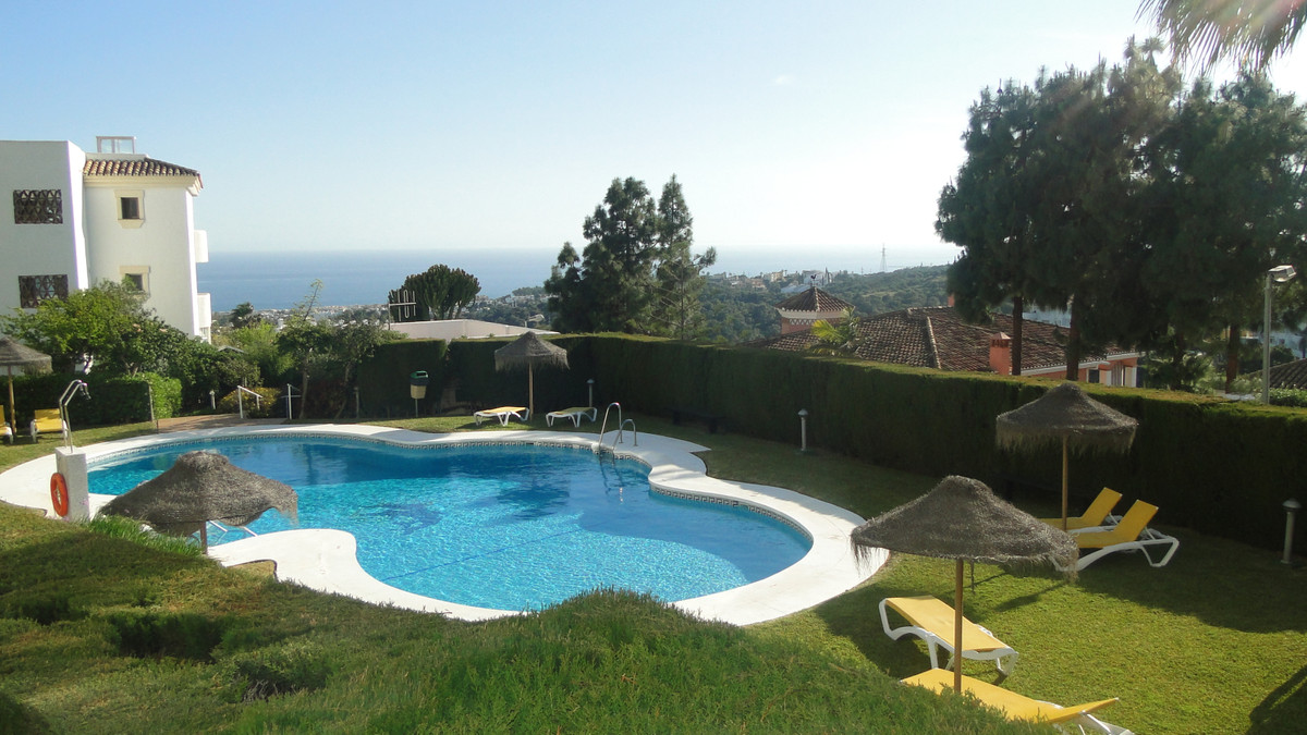 A VERY SPACIOUS SOUTH WEST FACING APARTMENT THAT ENJOYS OPEN VIEWS TO THE SEA FROM THE LARGE TERRACE, Spain
