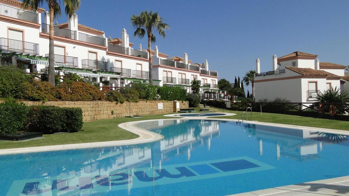 SUPER TOWNHOUSE SITUATED IN A MUCH SOUGHT AFTER DEVELOPMENT JUST A FEW MINUTES WALK AWAY FROM THE ST,Spain