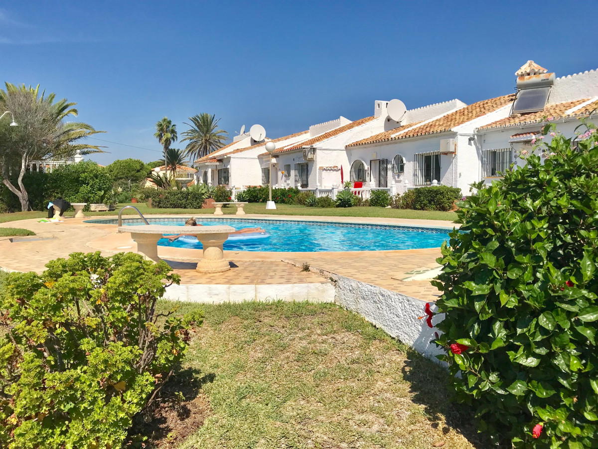 UNIQUE OPPORTUNITY TO GET A BEAUTIFUL TOWNHOUSE IN A ANDALUSIAN STYLE COMPLEX WITH TWO BEDROOMS AND ,Spain