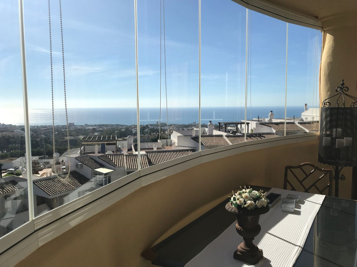 SUPERB APARTMENT THREE BEDROOMS AND THREE BATHROOMS WITH SOUTH FACING AND IMPRESSIVE SEA VIEWS AND M,Spain