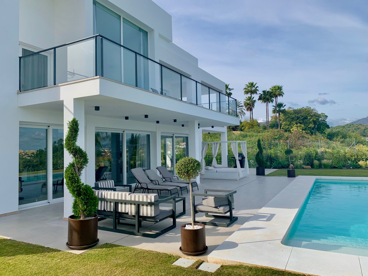 A modern villa within the La Quinta Golf &Country Club with far reaching views to the sea and La, Spain