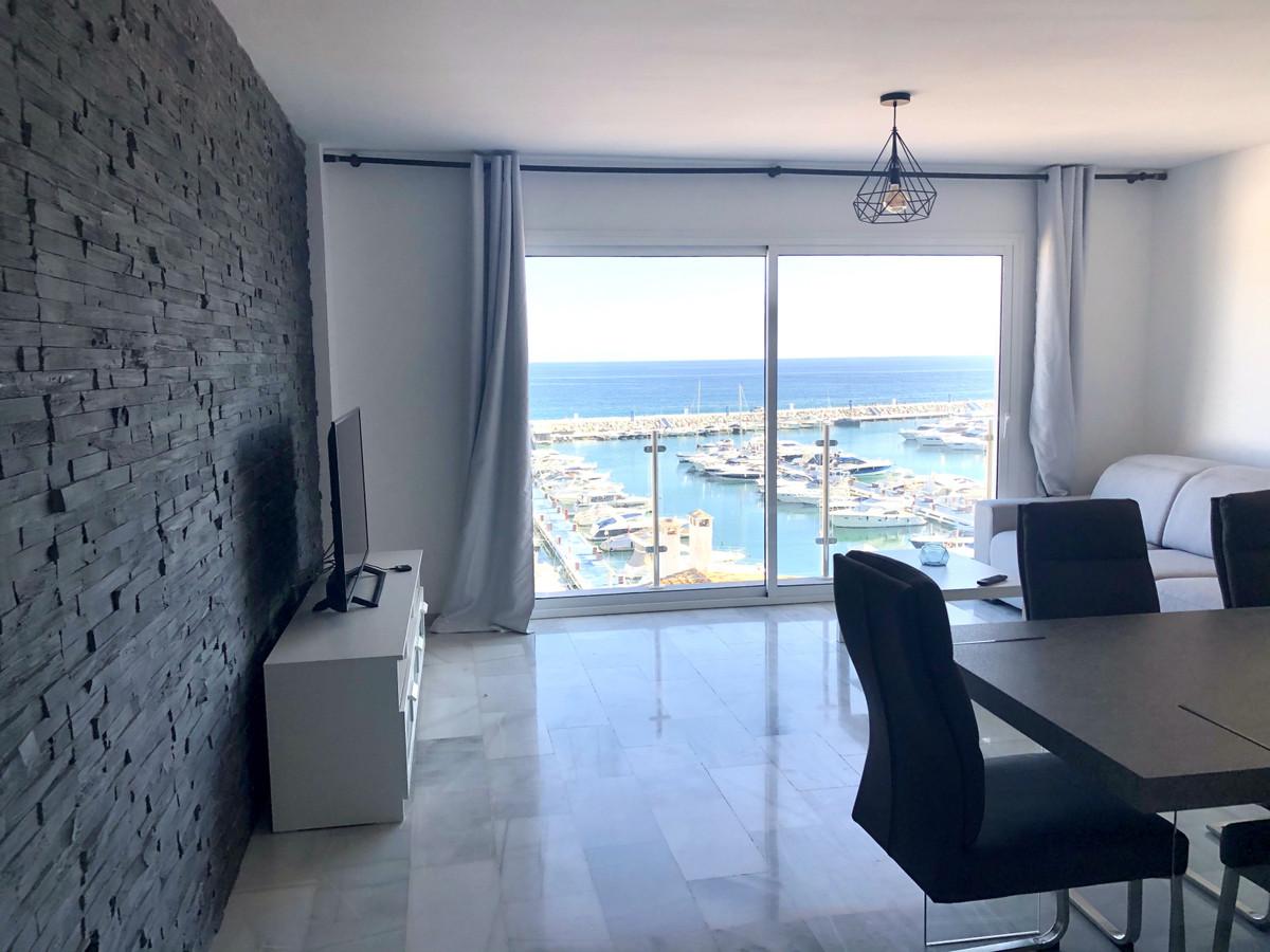 Marbella Banus Apartamento Planta Media en Venta en Puerto Banús – R3739162