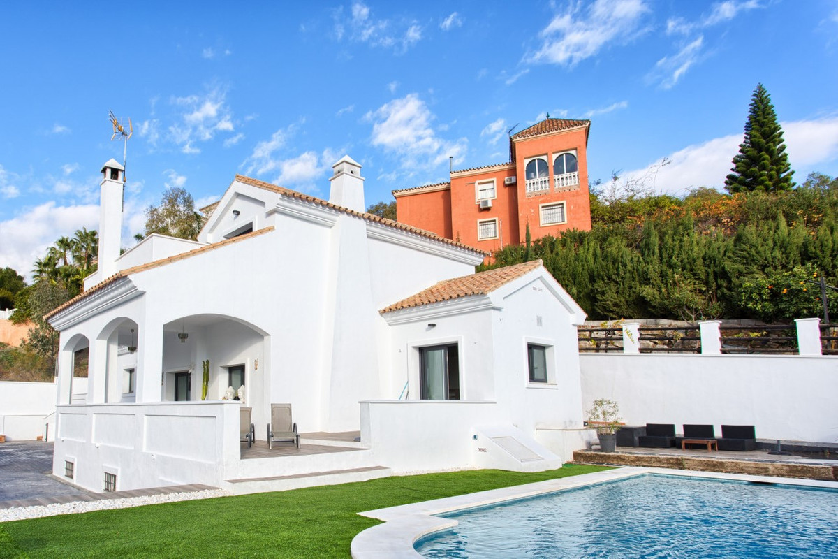 Located in Forest Hills, this beautiful villa is close to Estepona and all amenities yet privately s,Spain