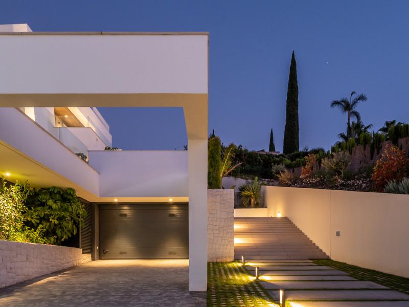 Villas for sale Nueva Andalucia 11