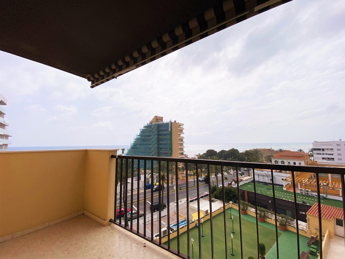 Fantastic apartment in Benalmadena Costa, just a few steps from the beach and the marina. Very cozy , Spain