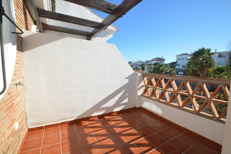 Apartment in Alhaurín de la Torre R3145225 12 Thumbnail