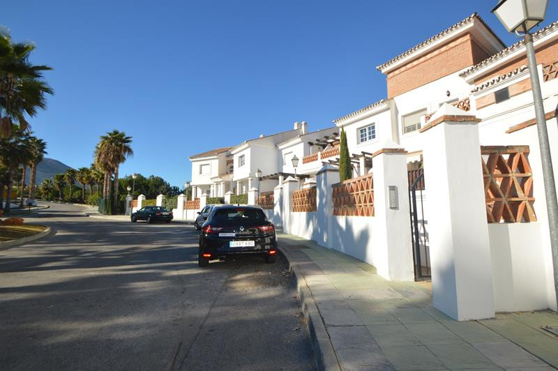 Apartment in Alhaurín de la Torre R3145225 18