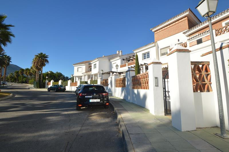Apartment in Alhaurín de la Torre R3145225 19