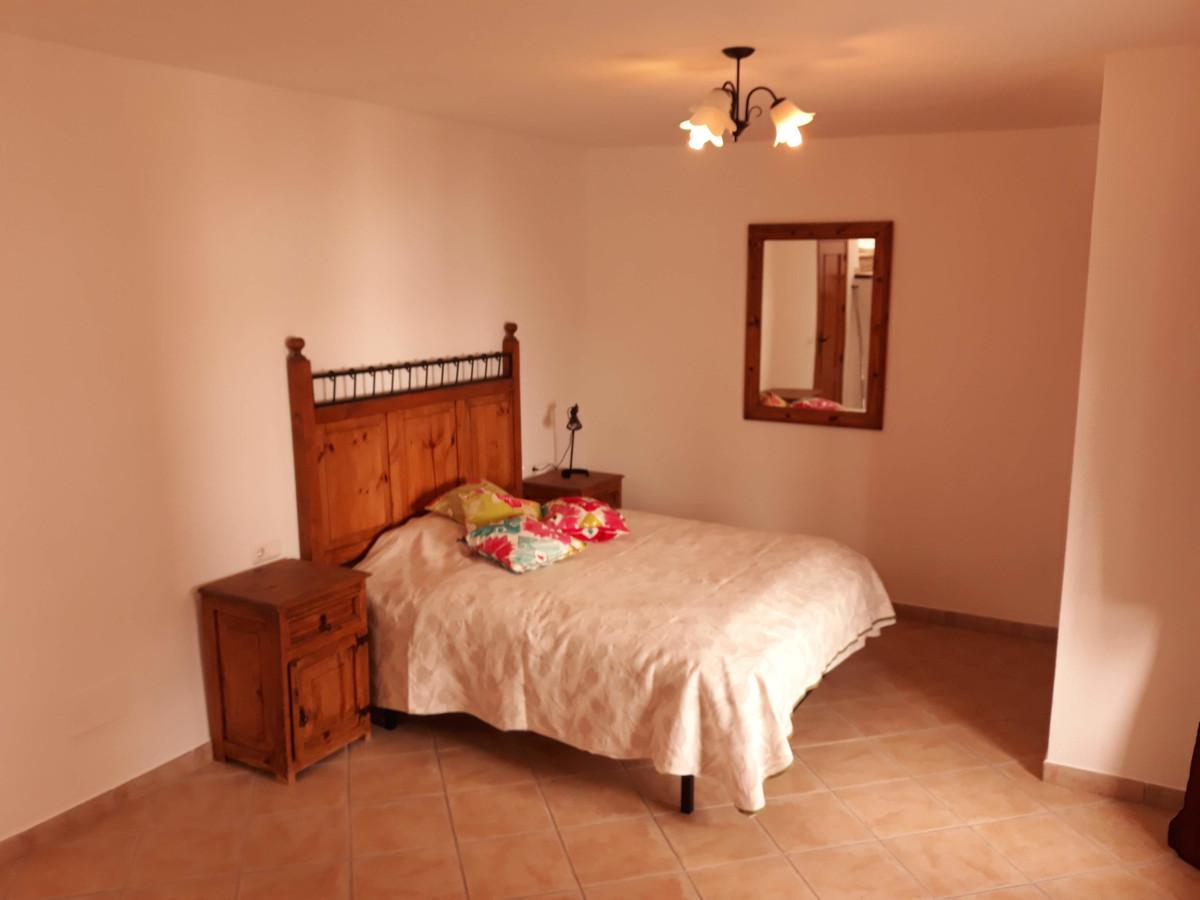 R3320980: Villa for sale in Casarabonela