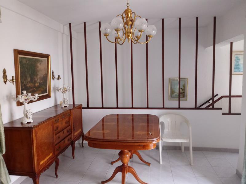 Unifamiliar con 3 Dormitorios en Venta Torremolinos