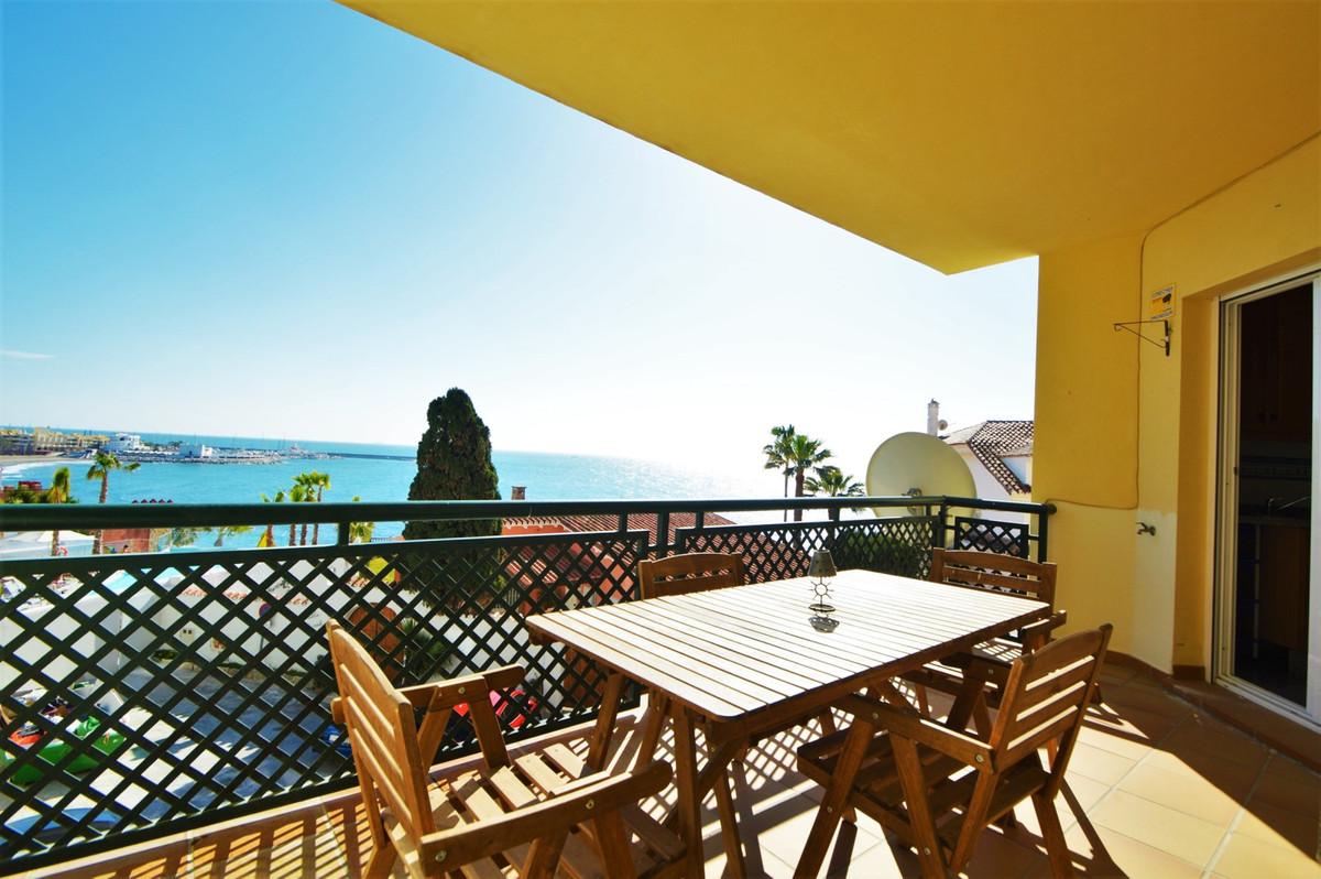 2 BEDROOM APARTMENT - SEA FRONT- INCREDIBLE LOCATION- BENALMADENA COSTA  An incredible opportunity t,Spain