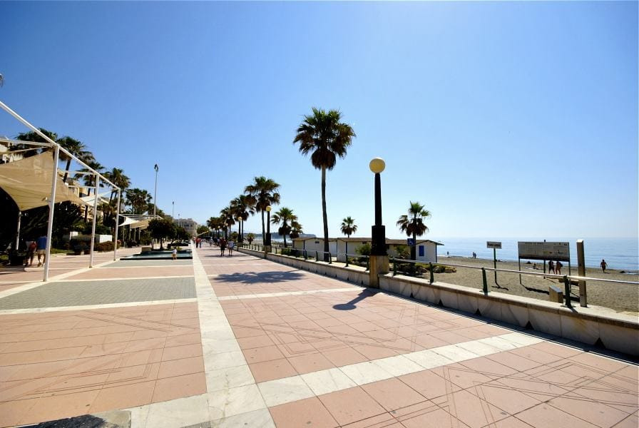 R3296350: Apartment for sale in Estepona