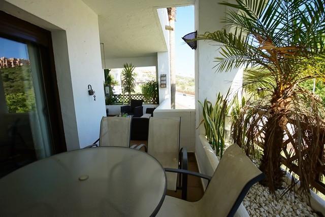 R2914631: Apartment for sale in La Duquesa