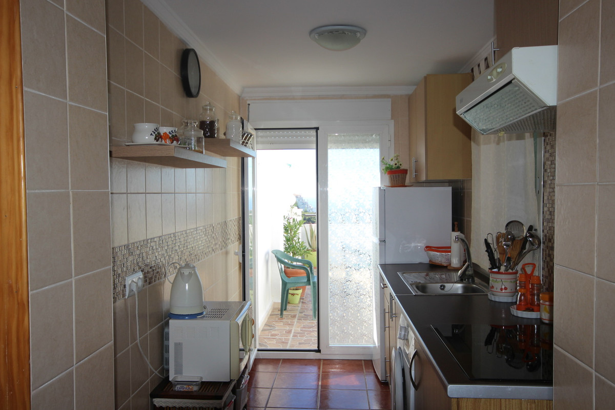 R3233737: Apartment for sale in Estepona