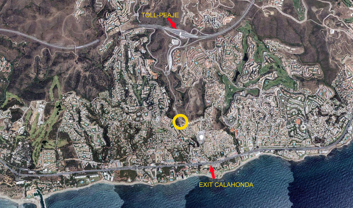 Comercial plot on the access road to Calahonda Toll Station on the AP-7. Perfectely located on the n, Spain
