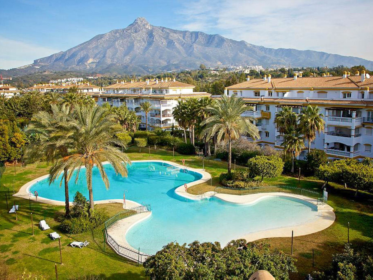 Beautiful modern 2 bedroom apartment located in one of the most privileged urbanizations in Marbella,Spain