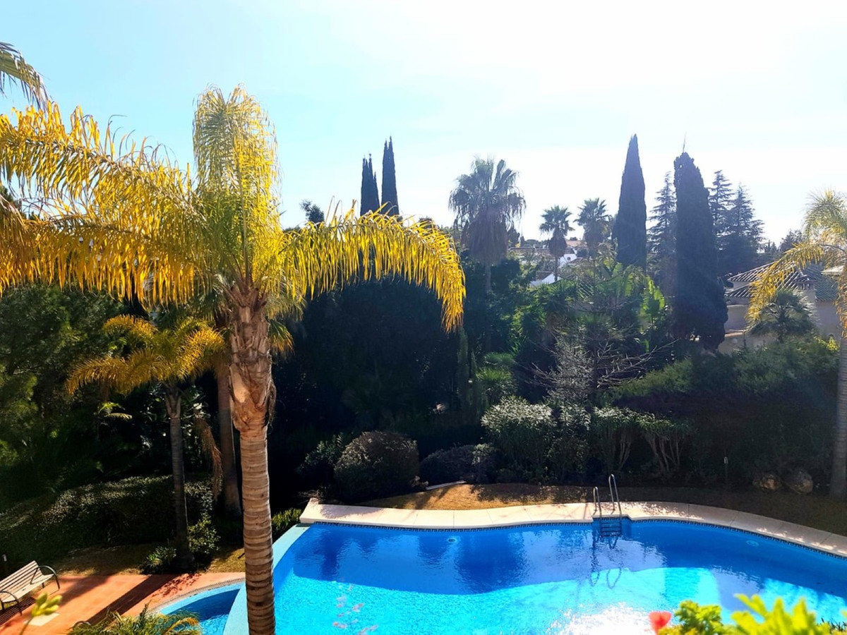Marbella Banus Apartamento en Venta en The Golden Mile – R3772528