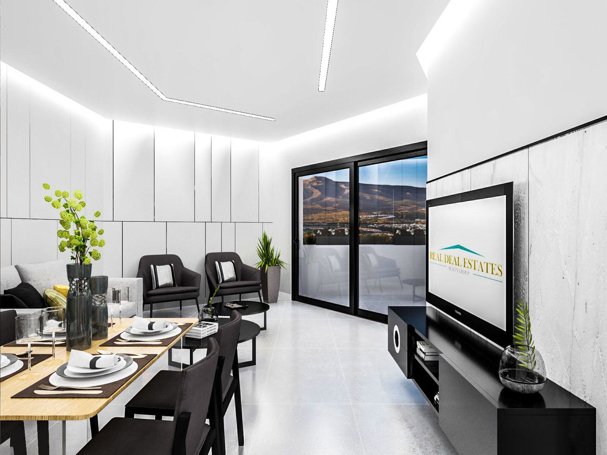 Marbella Banus Apartamento Planta Baja en Venta en Atalaya – R3666245