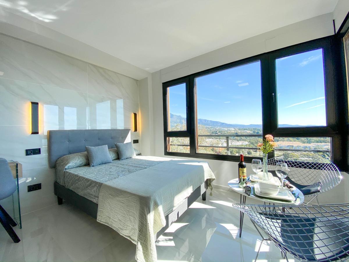 Fully renovated highest Standard, Loft - Studio in Marbella's exclusive Urbanisation Torres de ,Spain