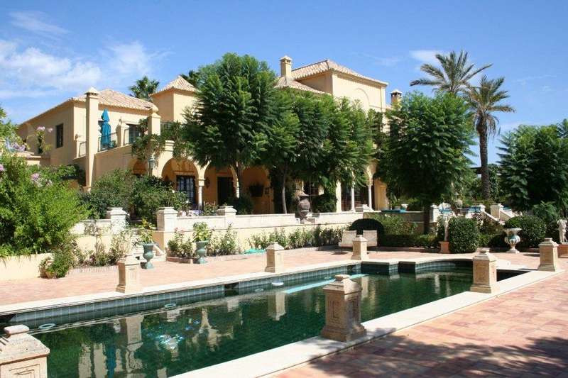 7 bedroom villa for sale estepona