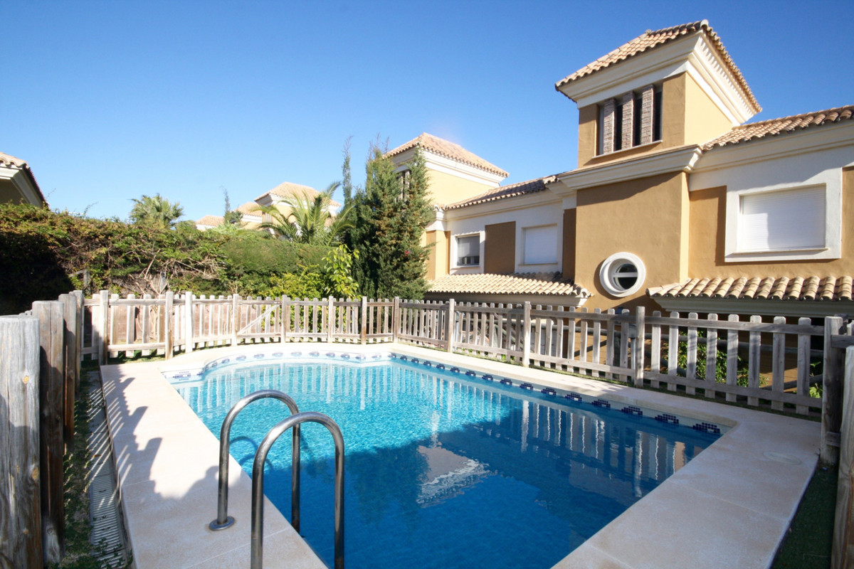 Great opportunity, fantastic townhouse in the best area of Marbella, Santa Clara Golf with nice sea  Spain