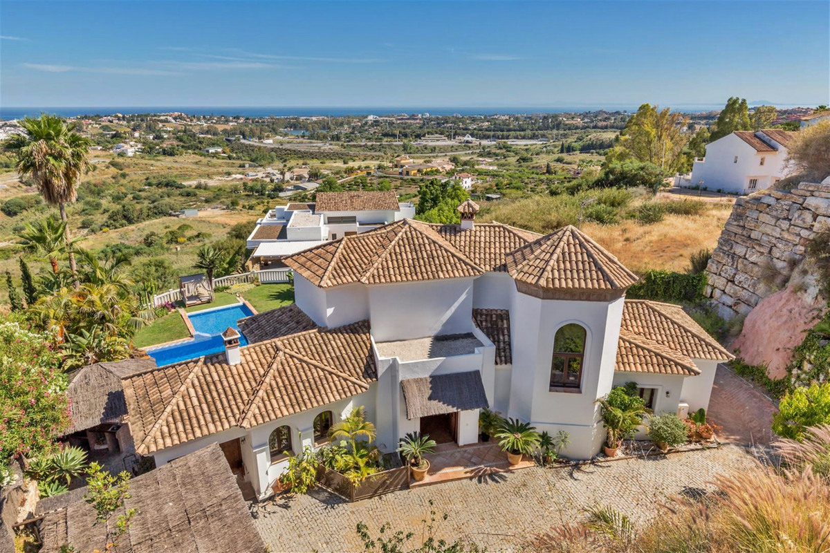 Amazing Villa with spectacular open Sea Views in Gated - Urb. La Resina   The elegant and spacious v, Spain