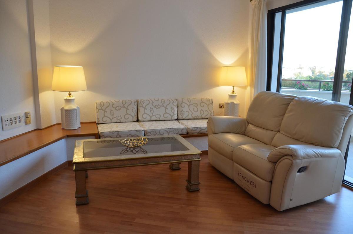 Apartamento en Venta en Atalaya – R3560860