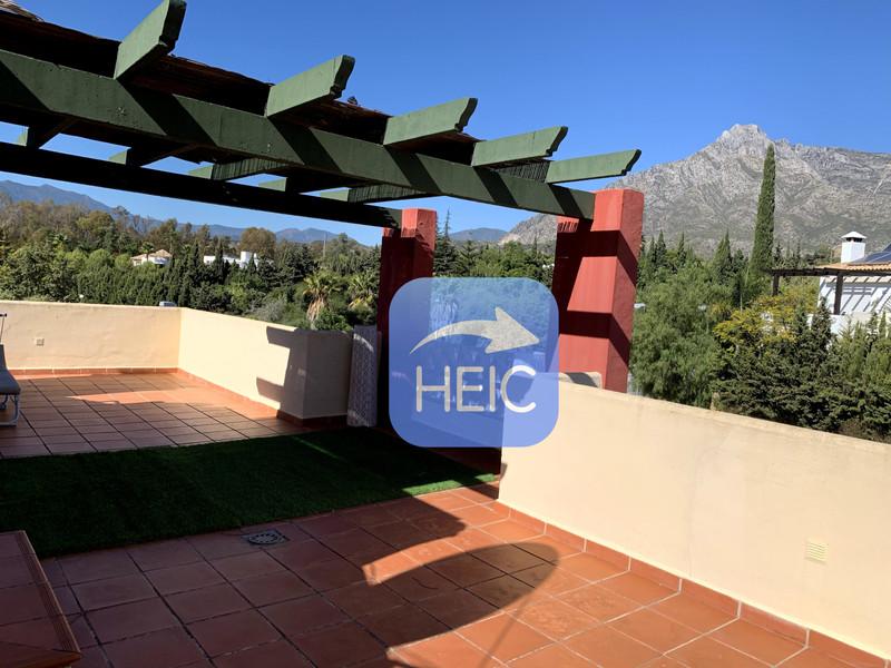 Adosada en venta en Marbella – R3546694