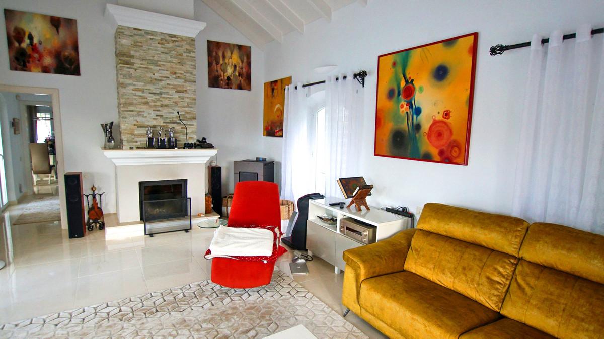 Villa - Detached ( R3398122) 5
